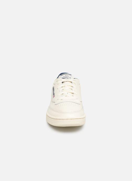 Sneaker Reebok CLUB C 85 MU weiß schuhe getragen