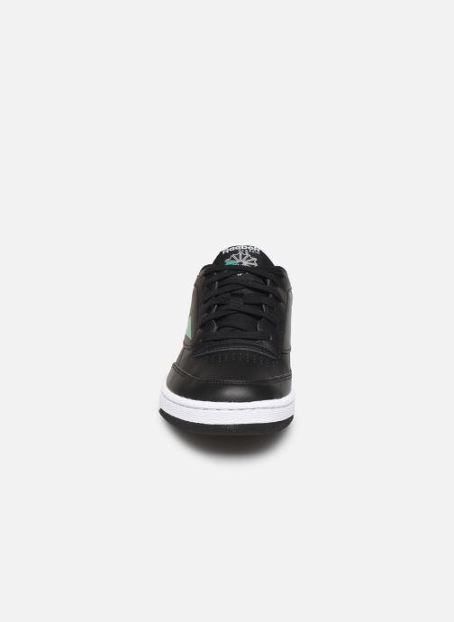 Baskets Reebok CLUB C 85 MU Noir vue portées chaussures
