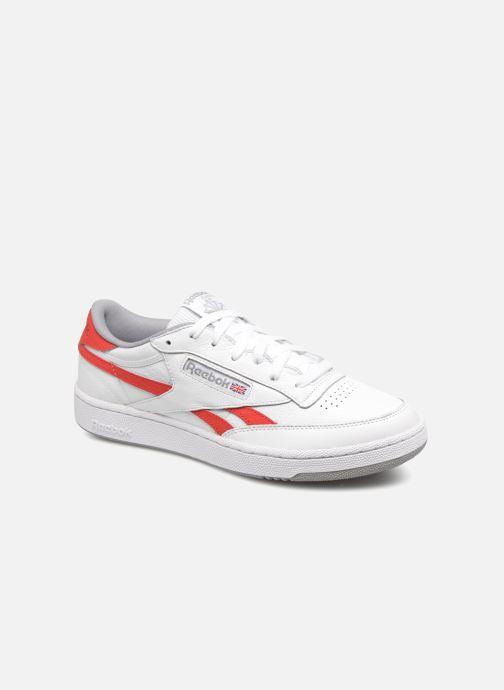 Reebok Revenge Plus MU noire et blanche Chaussures Baskets