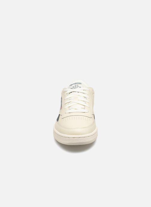 Baskets Reebok REVENGE PLUS MU Blanc vue portées chaussures