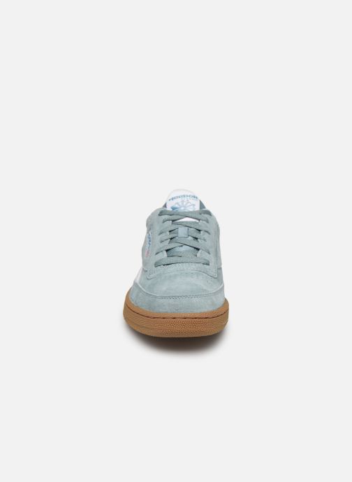 Baskets Reebok REVENGE PLUS MU Bleu vue portées chaussures
