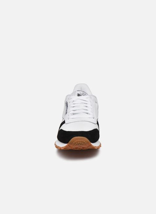 Sneaker Reebok CL LEATHER MU weiß schuhe getragen