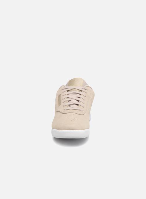 Baskets Reebok PRINCESS LTHR Beige vue portées chaussures