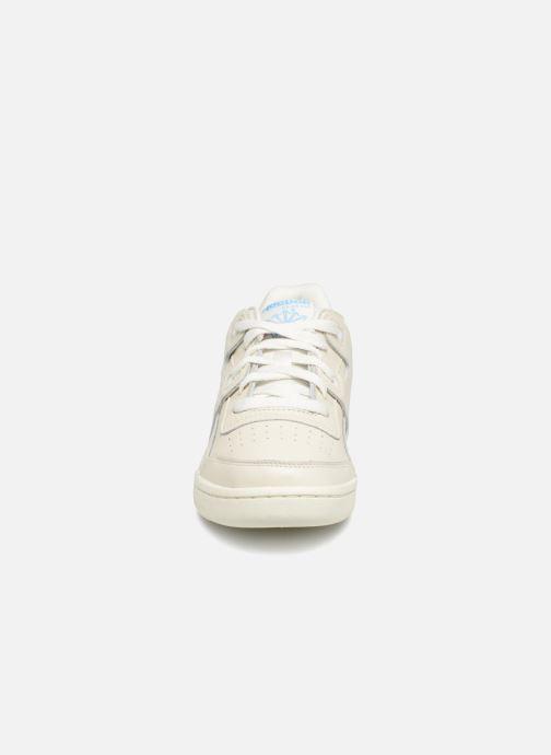 Sneakers Reebok WORKOUT LO PLUS Bianco modello indossato