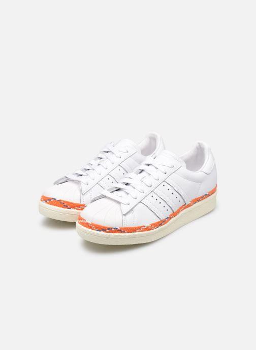 Baskets adidas originals Superstar 80s New Bold W Blanc vue bas / vue portée sac