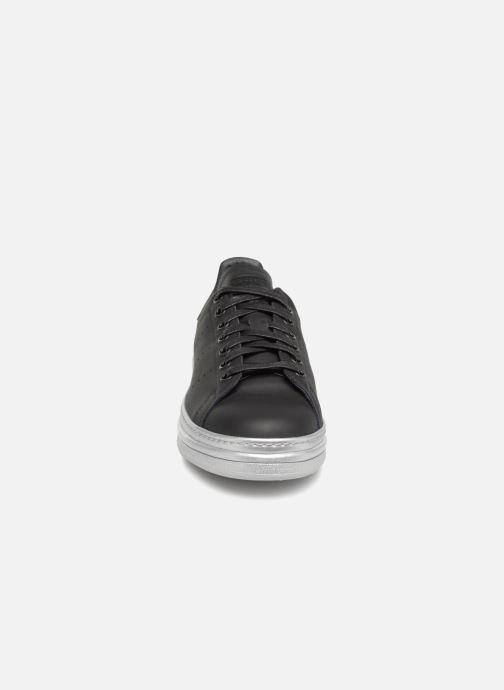 Sneakers adidas originals Stan Smith New Bold W Nero modello indossato