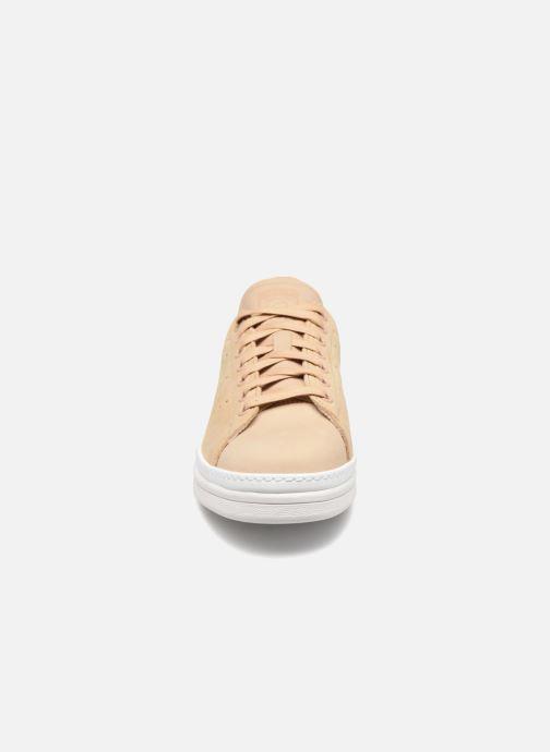 Baskets adidas originals Stan Smith New Bold W Beige vue portées chaussures