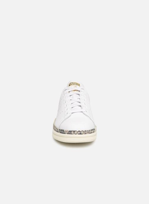 Trainers adidas originals Stan Smith New Bold W White model view