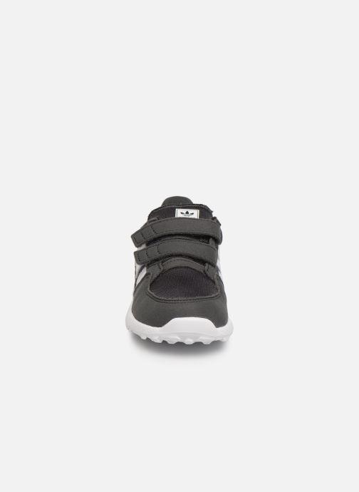Baskets adidas originals FOREST GROVE CF I Gris vue portées chaussures