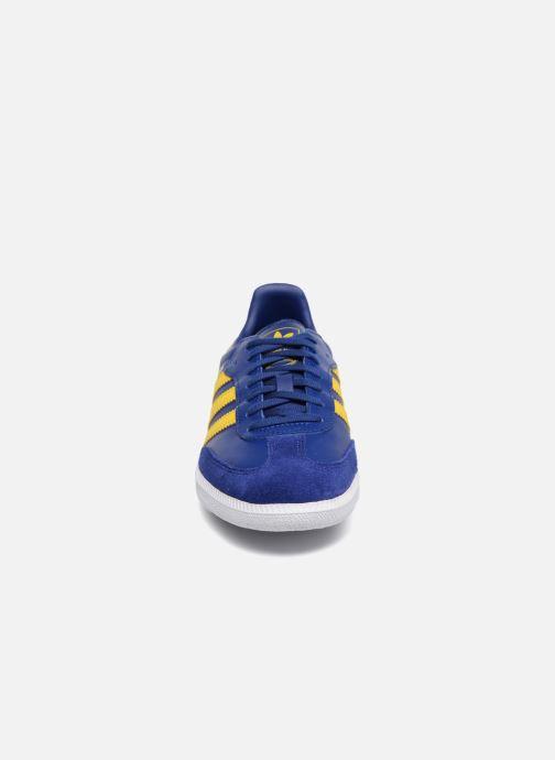 Baskets adidas originals SAMBA OG J Bleu vue portées chaussures