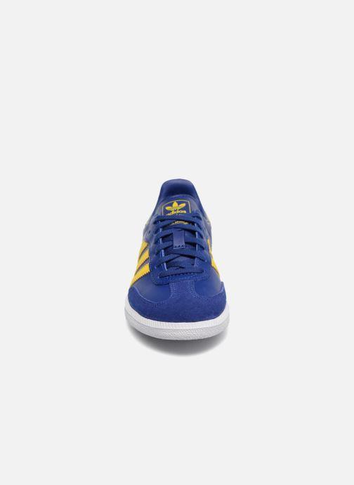 Baskets Adidas Originals SAMBA OG C Bleu vue portées chaussures