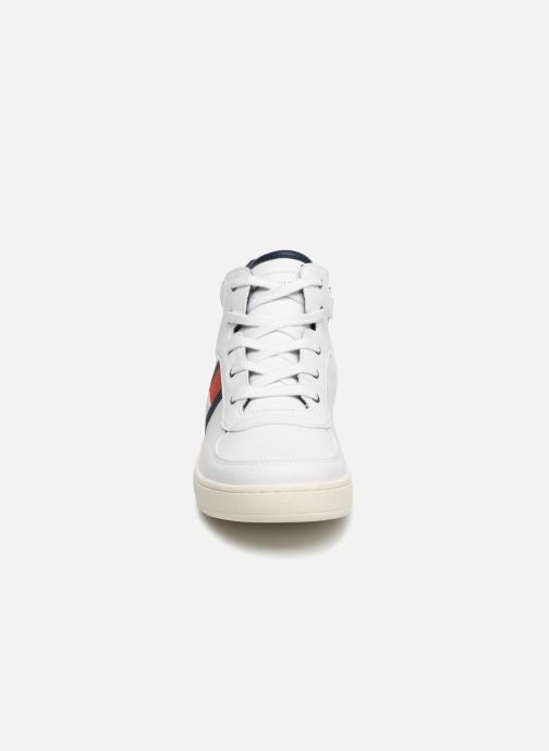 Baskets Tommy Hilfiger Tommy 30095 Blanc vue portées chaussures