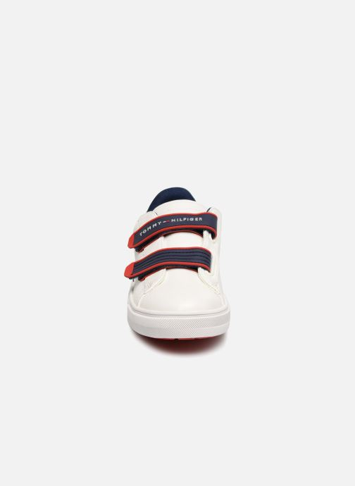 Baskets Tommy Hilfiger Tommy 30098 Blanc vue portées chaussures