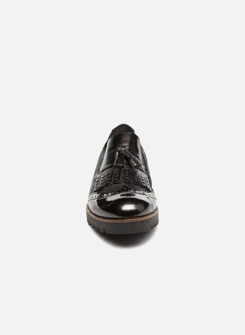 Mocassins Remonte Mabelle D0114 Gris vue portées chaussures