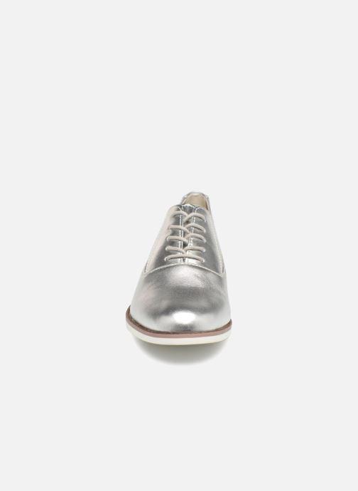 Scarpe con lacci Aldo MCALLISTER Argento modello indossato