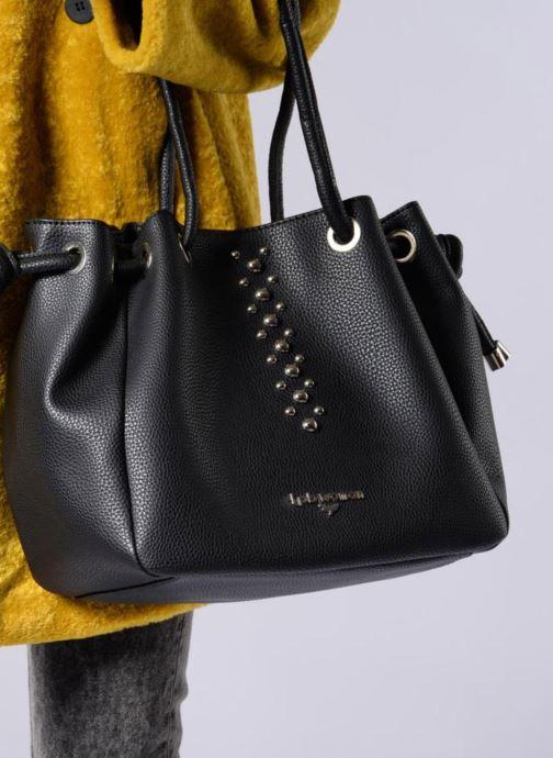 Bolsos de mano LPB Woman SAC PORTE MAIN CLOUS Negro vista de arriba