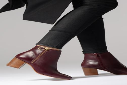 Ankle boots Bensimon Bottines Zippees Burgundy view from underneath / model view