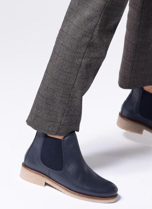 Stiefeletten & Boots Bensimon Boots Crepe weinrot ansicht von unten / tasche getragen
