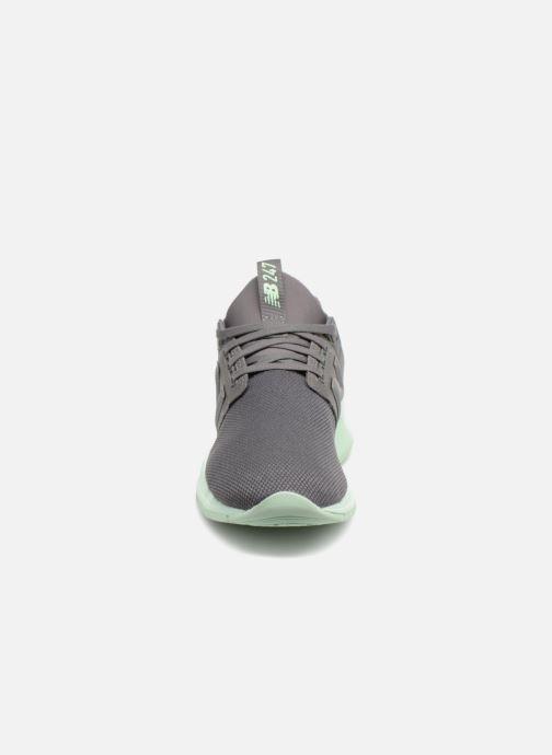 Sneaker New Balance WS247 grau schuhe getragen