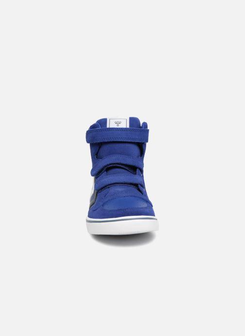 Baskets Hummel Stadil Leather Jr Bleu vue portées chaussures