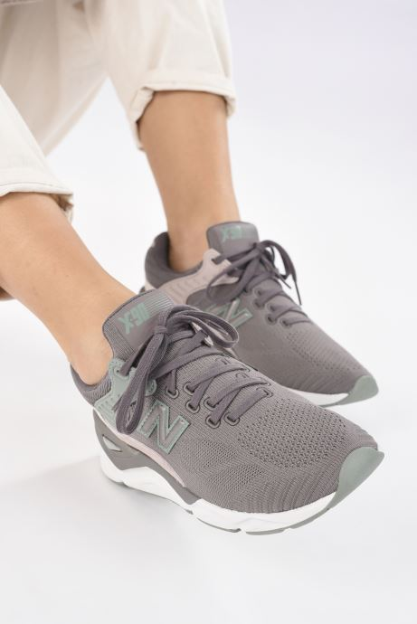Trainers New Balance WSX90 Grey view from underneath / model view