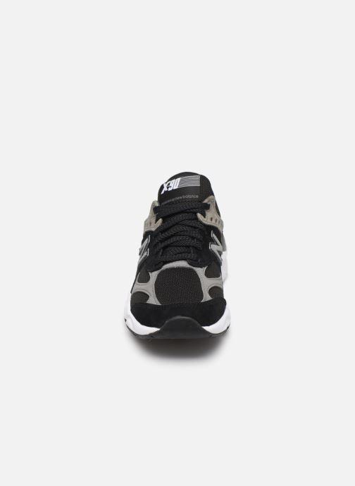 Baskets New Balance WSX90 Noir vue portées chaussures