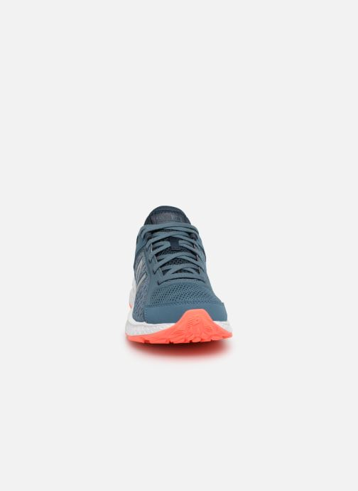 Sportschuhe New Balance W420 blau schuhe getragen