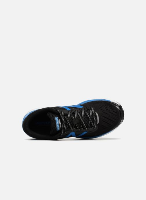 Sport shoes New Balance MSOLV Black view from the left