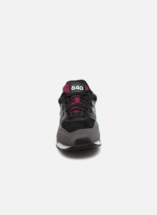 Baskets New Balance ML840 Gris vue portées chaussures