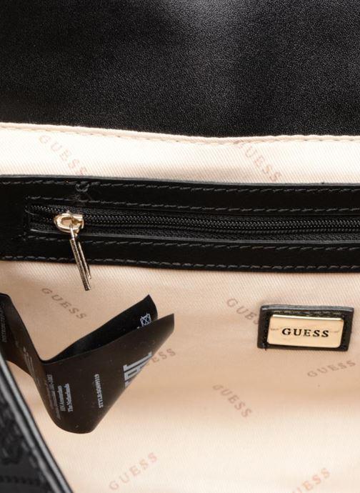 Handtassen Guess Coast to Coast Status Top Handle Flap Zwart achterkant