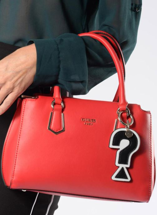 Bolsos de mano Guess Felix Small Girlfriend Stachel Rojo vista de arriba