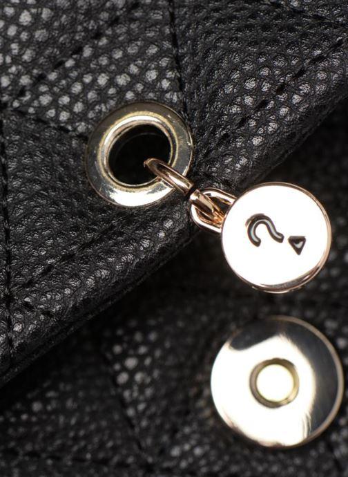Handtassen Guess Fleur Crossbody Flap Zwart links