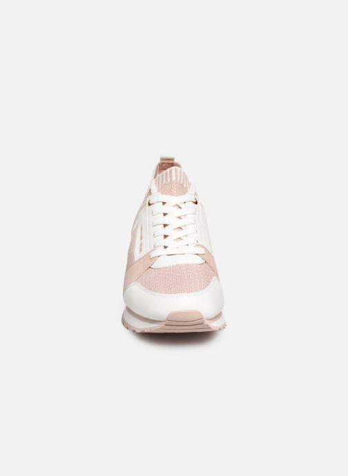 Baskets Michael Michael Kors Billie Knit Trainer Rose vue portées chaussures