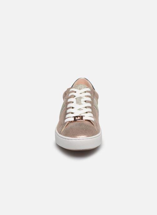 Baskets Michael Michael Kors Keaton Stripe Sneaker Rose vue portées chaussures