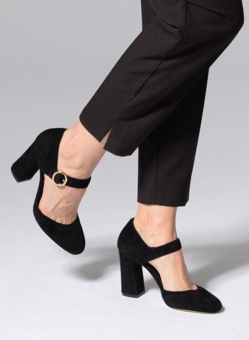 ff2463fcb82 Zapatos de tacón Michael Michael Kors Alana Closed Toe Negro vista de abajo