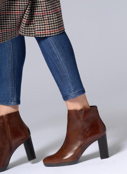 Bottines et boots Georgia Rose Liliou Marron vue bas / vue portée sac