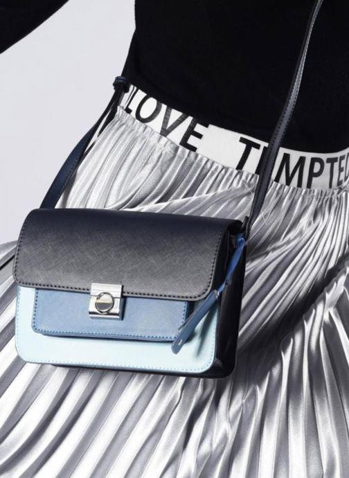 Handtassen Esprit Farah Shoulder Bag Zwart boven