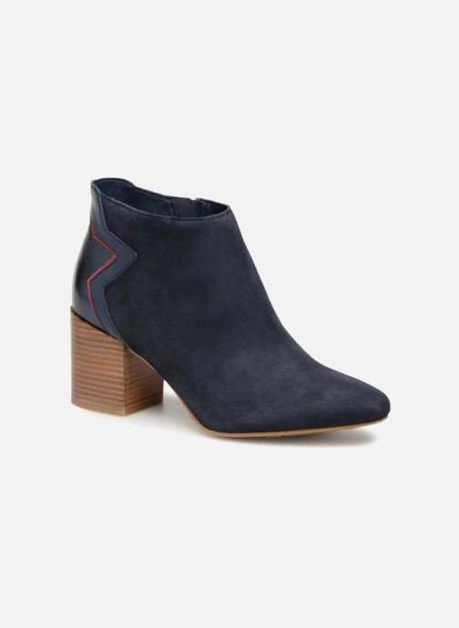premium selection 67463 878e9 ELEVATED SUEDE HEELED BOOTIE