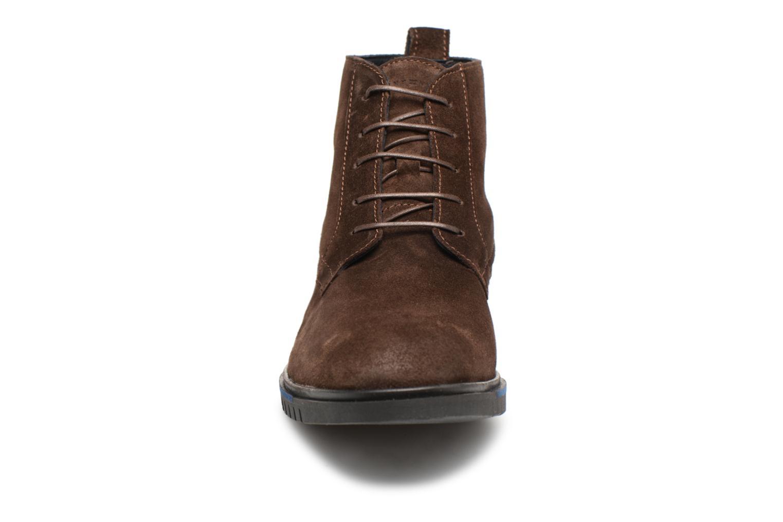 Stiefeletten & Boots Tommy Hilfiger FLEXIBLE DRESSY SUEDE BOOT braun schuhe getragen