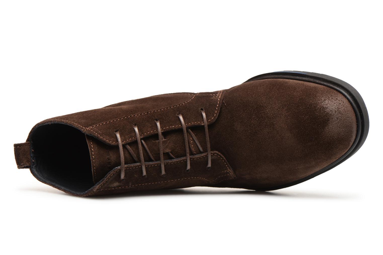 Stiefeletten & Boots Tommy Hilfiger FLEXIBLE DRESSY SUEDE BOOT braun ansicht von links