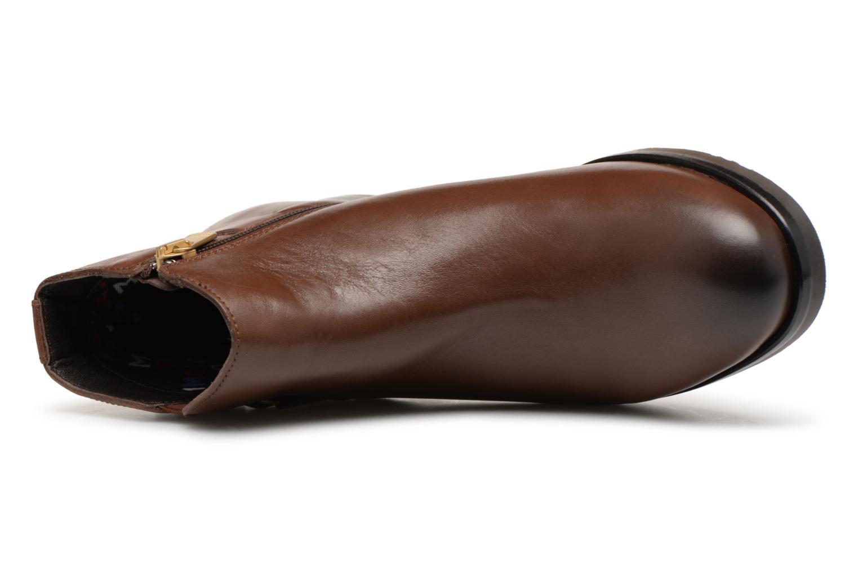 Bottines et boots Tommy Hilfiger TH BUCKLE LEATHER BOOTIE Marron vue gauche