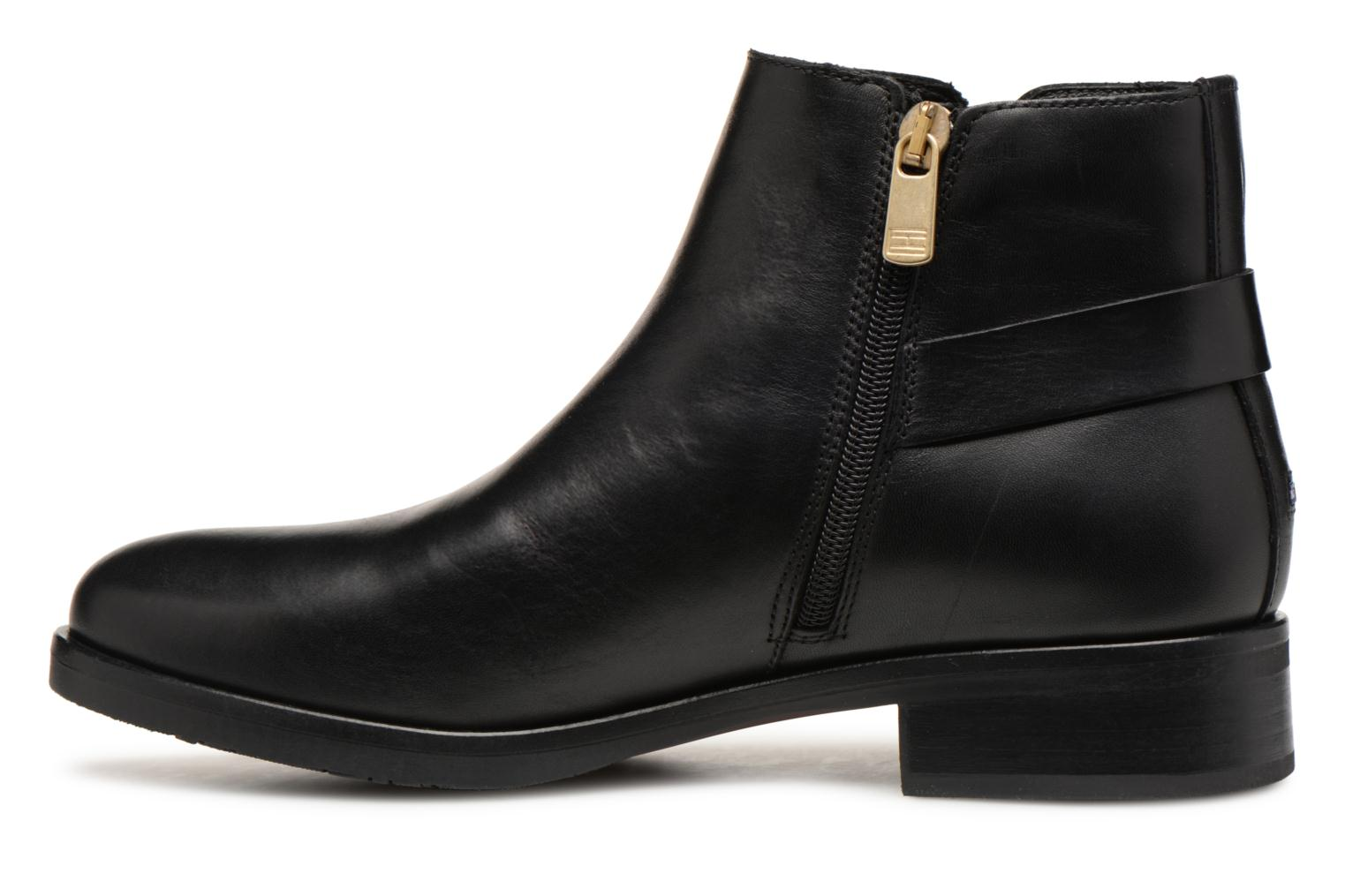 Bottines et boots Tommy Hilfiger TH BUCKLE LEATHER BOOTIE Noir vue face
