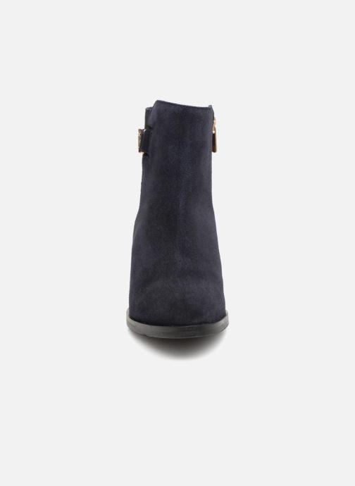 Boots en enkellaarsjes Tommy Hilfiger TH BUCKLE MID HEEL BOOT SUEDE Blauw model
