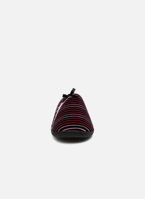 Slippers Isotoner Mule velours semelle ergonomique Pink model view