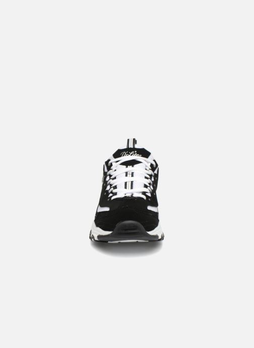 Sneakers Skechers D'Lites Nero modello indossato