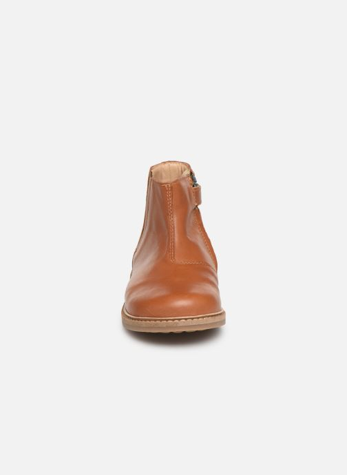 Ankle boots Pom d Api Retro Boots Brown model view