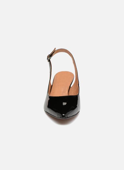 Escarpins Apologie DESTALONADO SHI Noir vue portées chaussures