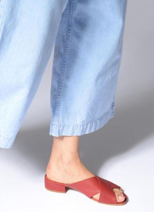 Clogs & Pantoletten Apologie AZAHAR rot ansicht von unten / tasche getragen