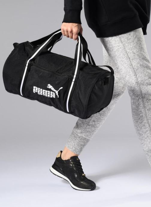 Sacs de sport Puma WMN CORE BARREL BAG Noir vue bas / vue portée sac