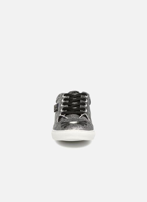 Baskets Karl Lagerfeld Skool Team 2 Argent vue portées chaussures